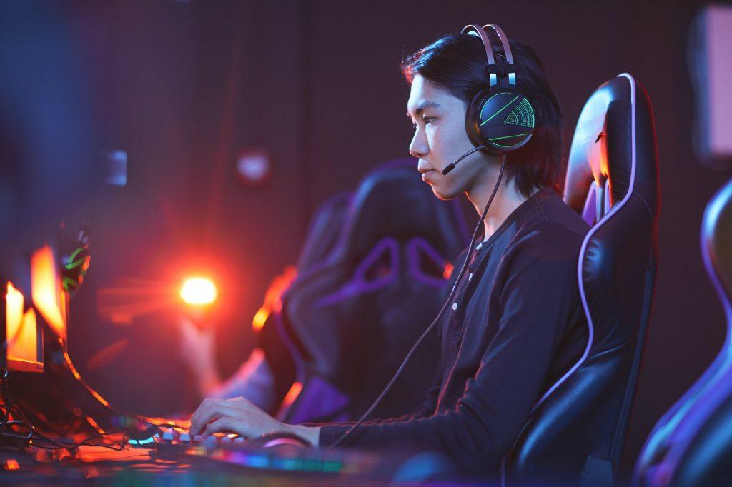 Side view at Asian Gamer